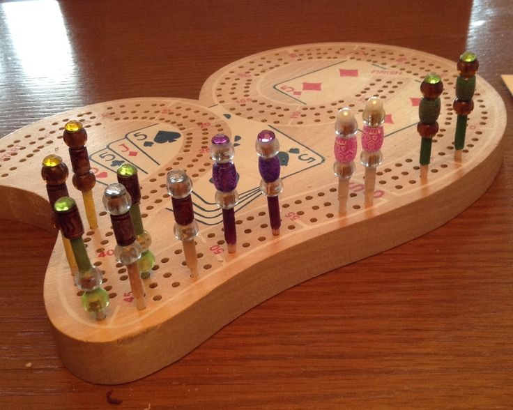 Yet another craft i enjoy doing-crib  pegs