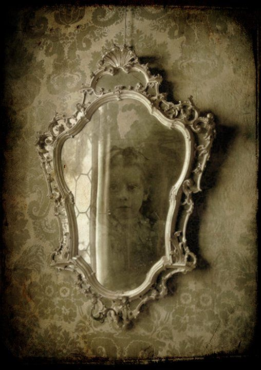 72 Best Images About Spooky Mirrors Amp Frames On Pinterest