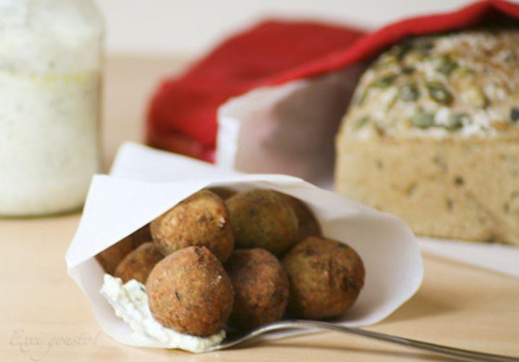Traditional Greek Food: Courgette Balls (kolokithokeftedes)
