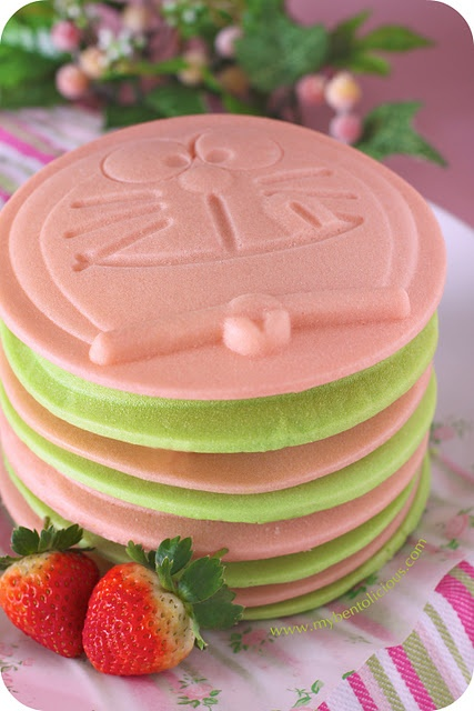 Pandan/strawberry Pancake How-to