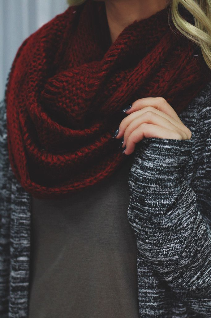 Cardinal Chunky Knit Infinity Scarf | UOIonline.com: Women's Clothing Boutique