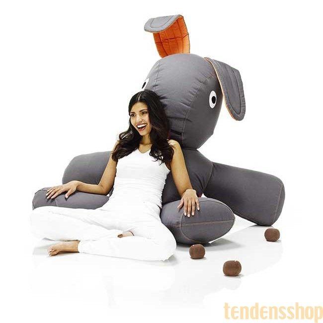 CO9 fra Fatboy er din nye bedste ven. CO9 er en overdimensioneret lounge kanin. #fatboy #boligindretning #design