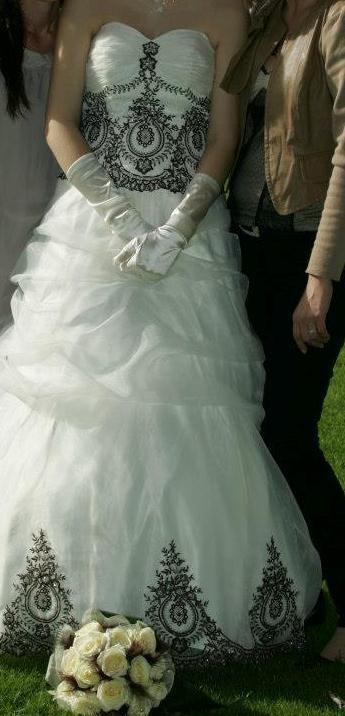 je vends ma robe de marie acheter a point mariage fin 2012 elle sort du pressing - Point Mariage Portet Sur Garonne