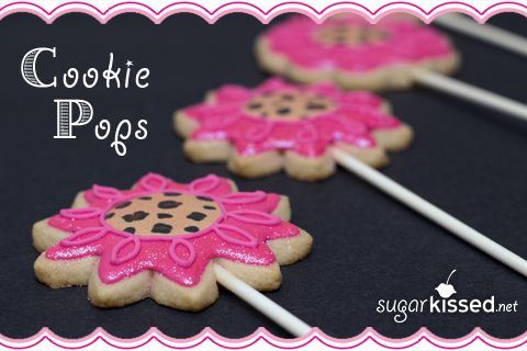 So helpful! 4 Different Ways to Make Cookie Pops