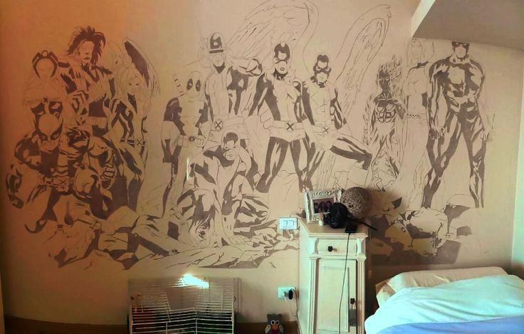 Foto: This is the mural I've realized on my bedroom's wall last summer. Inspired by the cover of All-New X-Men #1. I've replaced some characters ( such as Cyclops, Emma Frost and Ice-man) with others ( Daredevil, Mystique and Deadpool) and I've also added Sunspot. Hope you like it =)