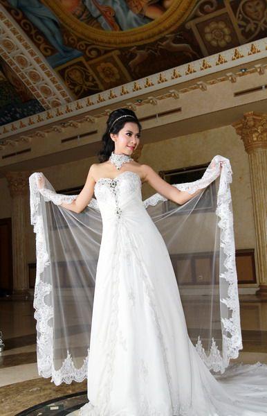 bridal gown 2016 - wedding dress - kebaya wedding - kebaya modern - fall season 2016 - white beautiful.