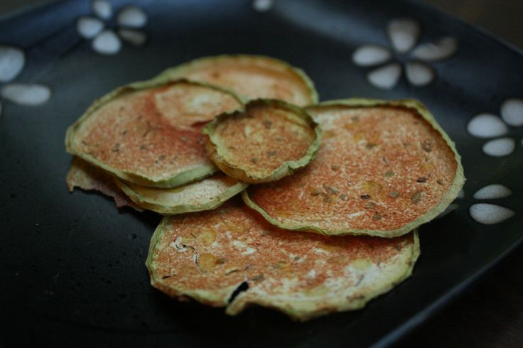 dehydrated pizza zucchini chips or pizza-chini