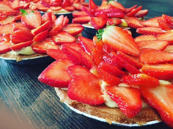 Tack för idag! Glad påsk #sockermajas #Fredagskassen #påsk #surdegsbröd #dansktrågbröd #hästevik #göteborg #bakverk
