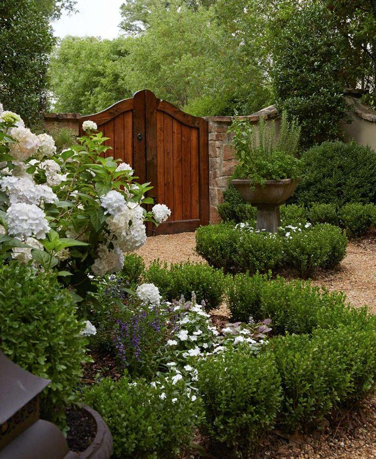 Things We Love: Garden Gates