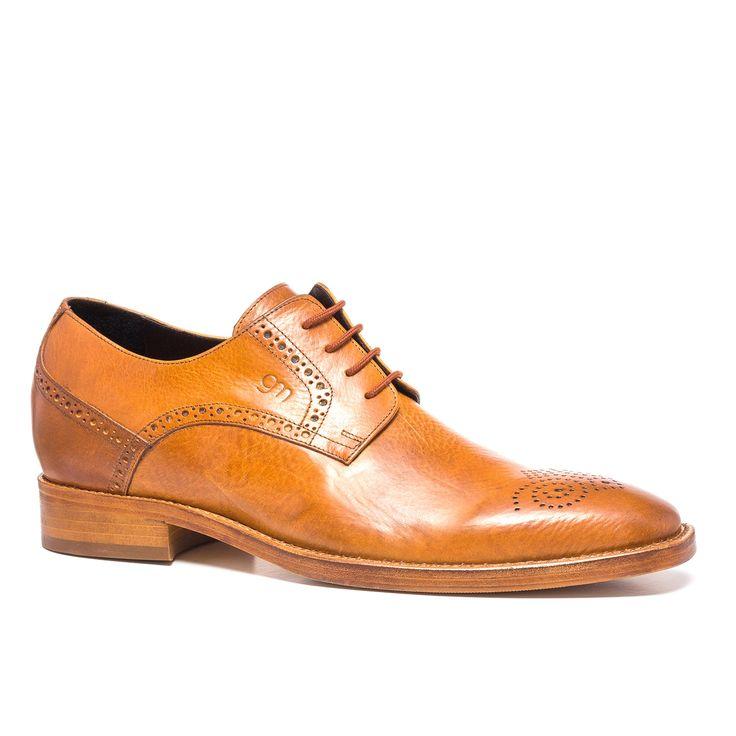 Des chaussures habillées rehaussantes : son accessoire parfait