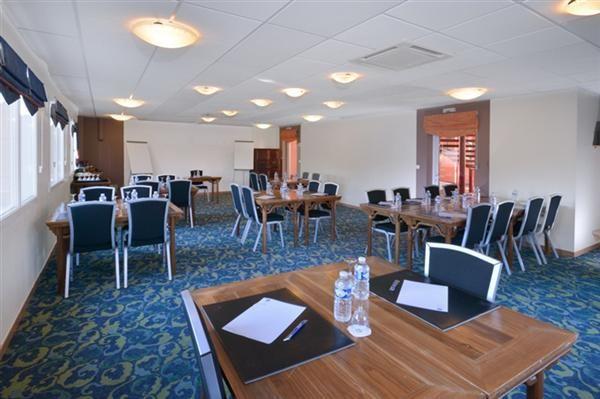 Salle de seminaire de Best Western Hôtel Ker Lann : Salle La Roche aux Fées.
