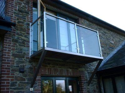 Complete stainless steel  balcony & balustrade (Moraven 1)