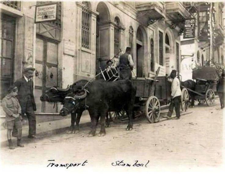 Akaretler yokuşu .. Manda arabaları ile ev taşımacılığı 1900 ler ..