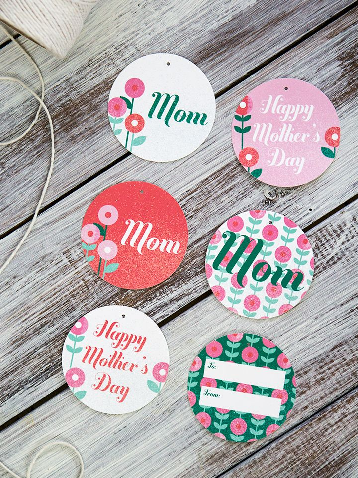 Print and cut out these free Mother's Day gift tags to make your gift for mom even more special.