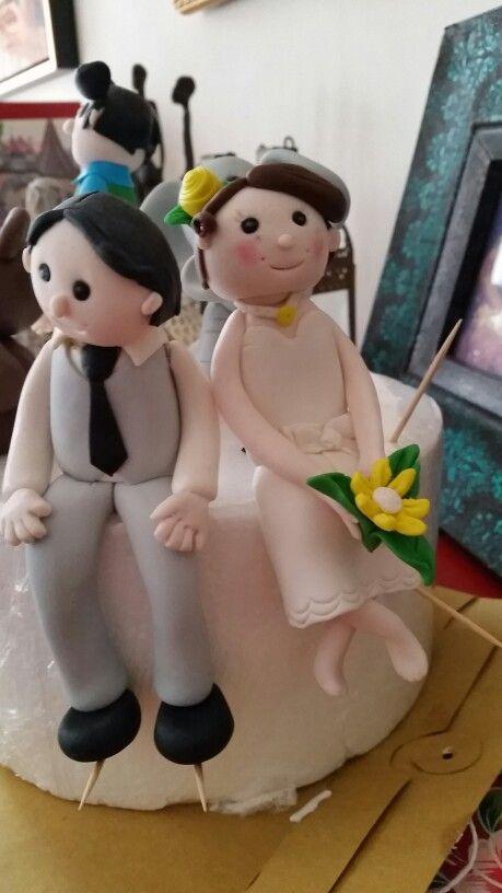 Bride and Groom, edible cake top