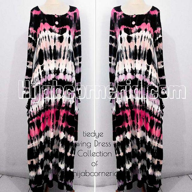 http://hijabcornerid.com/ : Baju Pelangi Model Wing Dress yang jadi Best Seller dari  melalui Instagram @Wendy Werley-Williams.hijabcornerid.com di Tahun 2013 kemarin, kini dihadirkan kembali dengan corak Jumputan yang berbeda. Lebih soft  tetapi tetap colourfull.