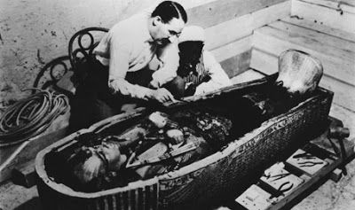 beaumontenterprise.com tutankhamon        Archaeologist Howard Carter is shown examining King Tut's sarcophagus findingdulcinea.com      ...