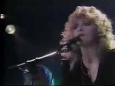 A very special, and rare, performance of Stevie Nicks performing her Fleetwood Mac classic Gold Dust Woman. Its rare, not because shes a guest at Bob Welch concert, but because shes wearing a short skirt.