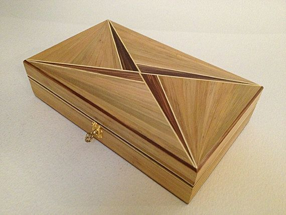 Box in straw marquetry, Art Deco design