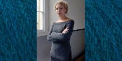 Вязаный пуловер женский спицами с вырезом лодочкой