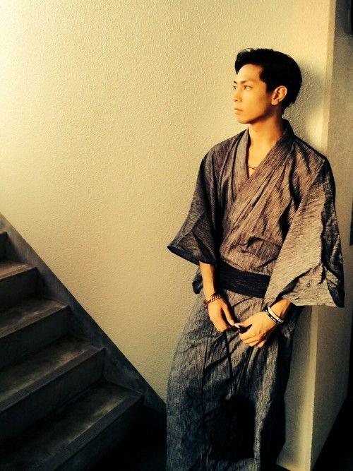 VANQUISHの着物・浴衣「浴衣」を使ったTakeshi James Yamadaのコーディネートです。WEARはモデル・俳優・ショップスタッフなどの着こなしをチェックできるファッションコーディネートサイトです。