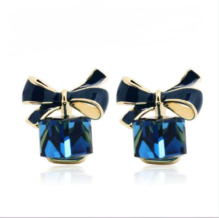 Nice shopping!! 2016 Chic Shimmer Gold Bow Cubic Crystal Earrings Gold-Tone GP Rhinestone Stud Earrings For Women