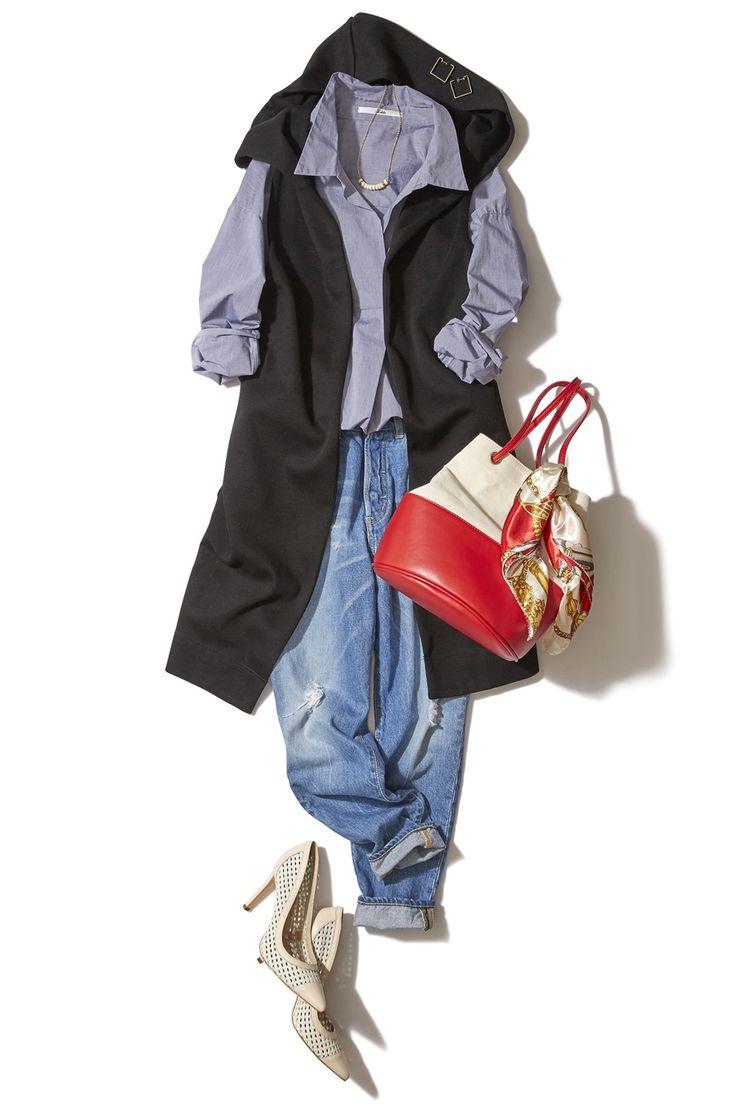 デニム×ブルーシャツで大人の休日スタイル