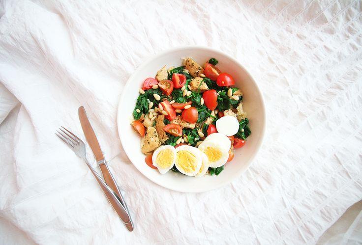 Een van mijn favoriete maaltijden voor als ik 's avonds ga sporten is spinaziesalade met couscous...