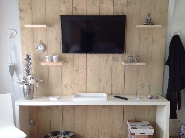 Wand van steigerhout