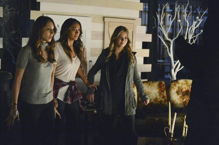 Pin for Later: The Killer Outfits on Pretty Little Liars Will Haunt You All Week Long Season 5