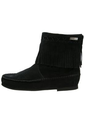 Bottines & Boots Les Tropéziennes par M Belarbi CRABE - Bottines - noir noir: 79,90 € chez Zalando (au 12/10/16). Livraison et retours gratuits et service client gratuit au 0800 915 207.