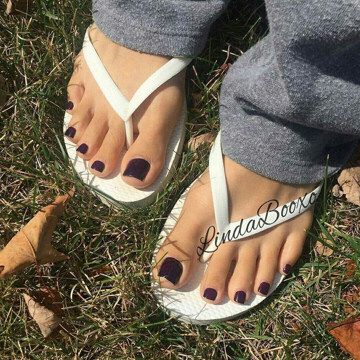 Sexy toes black flip flops consider