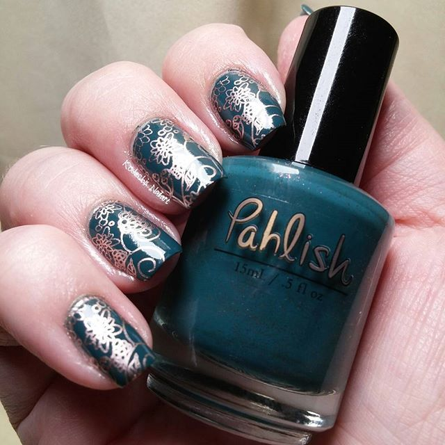 Day 15 -  delicate print  #31dc2015  used #pahlish - This song is ending,  #Essie penny talk and #uberchicbeauty plate #itrustindiepolish