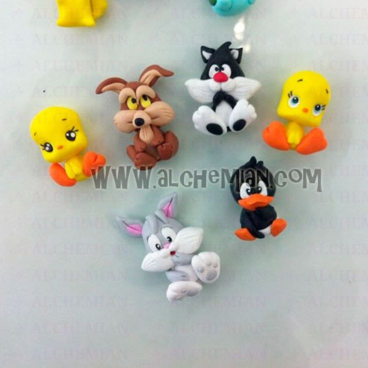 Pendente con Titti, Silvestro, Bip Bip Road Runner,Wil-e Coyote, Bugs Bunny, Daffy Duck baby looney toons
