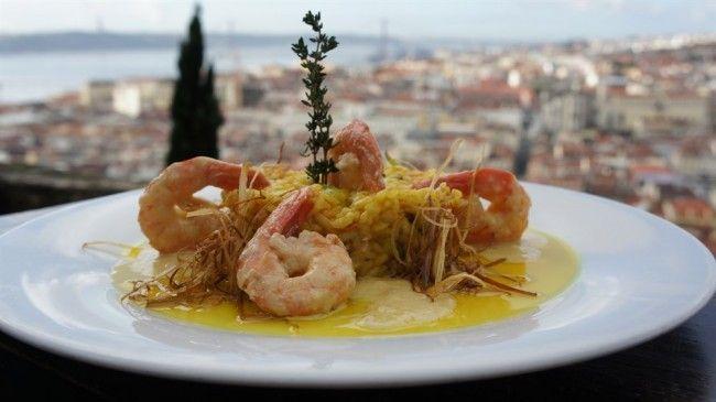 Casa do Leão restaurant, st. George castle, Lisbon - Go Discover Portugal travel