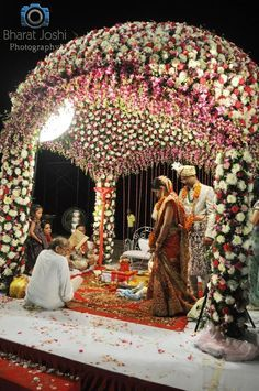 An Overdose Of Flowers Definitely Works In Indian Wedding