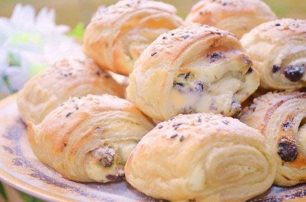 SLOTKI STUFFED WITH COTTAGE CHEESE AND RAISINS