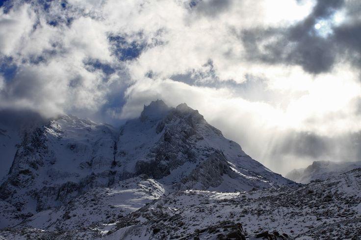 1 día cualquiera en Valle Las Arenas #cajondelmaipo #noaltomaipo #chile #outdoors #splitboard