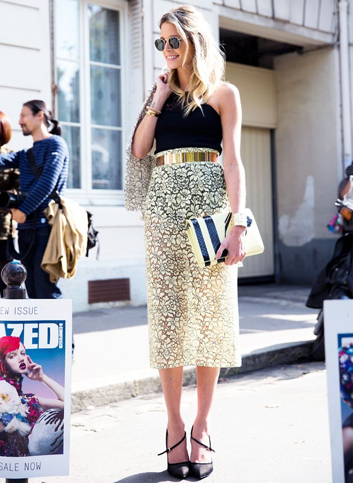 Sheer lace custard yellow pencil skirt with black top and gold metal belt // #streetstyle