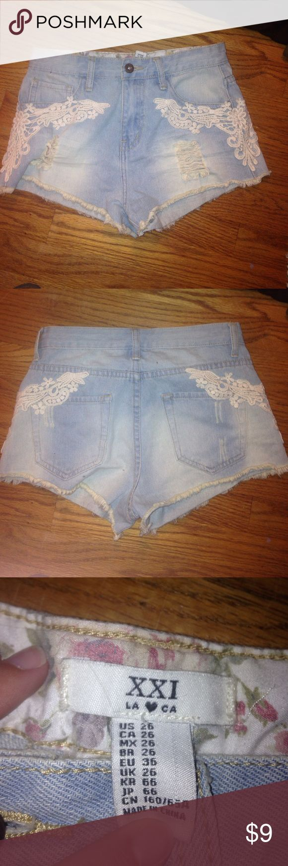 White lace jean shorts True to size Forever 21 Shorts