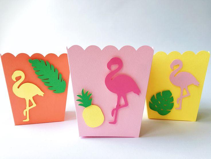Коробочки для зефира, маршмеллоу, конфеток с фламинго, тропическими листьями, ананасами. Цвет: ярко-розовый, розовый, желтый, зеленый