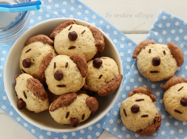 Cagnolini biscotti alla banana e cacao