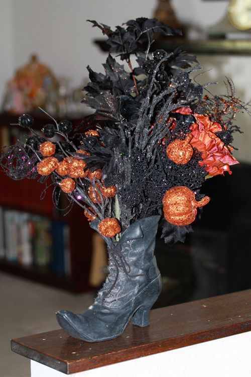 Witch Boot Boasts Halloween Blooms: