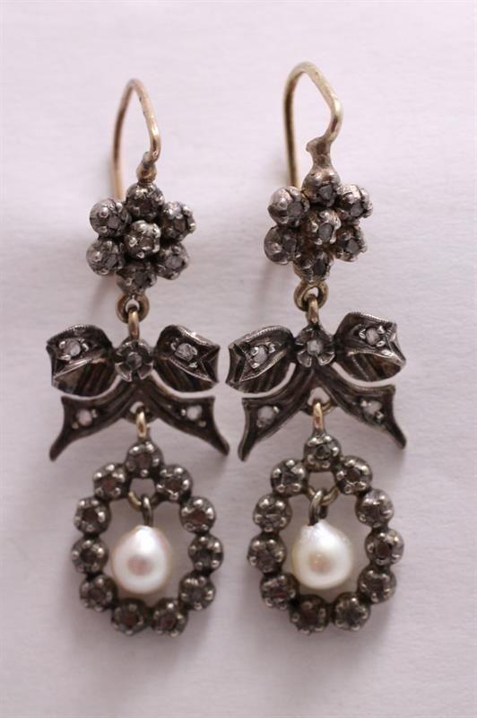 Náušnice S Diamanty A Perličkami | eAntik - Starožitnosti