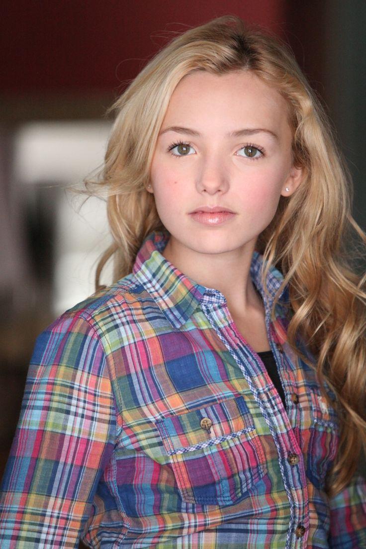 Peyton List (actress born 1986) in  Mad Men