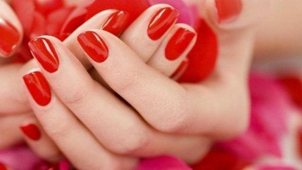 Frumusete: 6 tratamente naturale pentru unghii rezistente si sanatoase! Totul pentru o manichiura perfecta