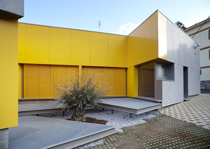 Consultorio Felechosa. ASTURIAS. Arquitecto : Miguel Angel Garcia Pola Vallejo. Fecha finalización 2009.