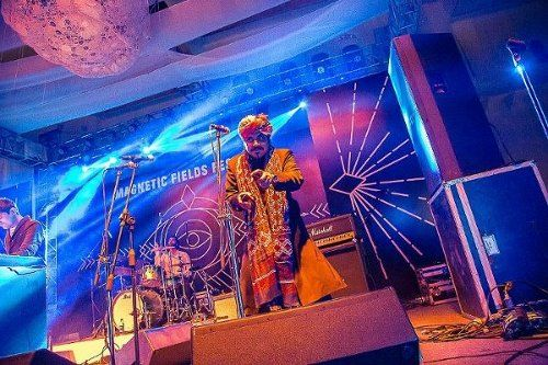 Kutle Khan Dishes Out Traditional Flavor To Magnetic Field - See more at: http://actfaqs.com/Kutle-Khan#sthash.WofZyns1.dpuf
