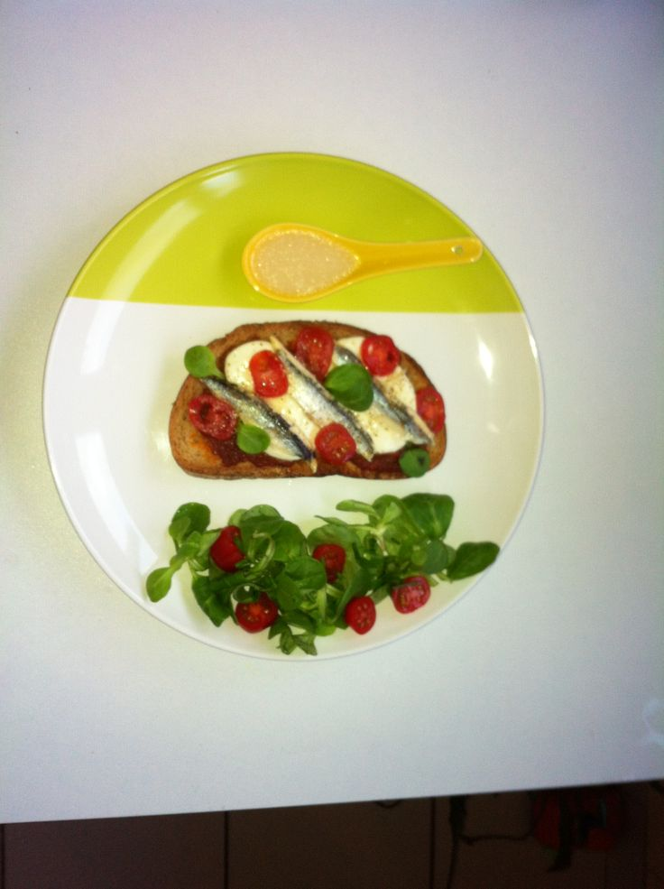 Tartine Anchois, Tomates & Mozza