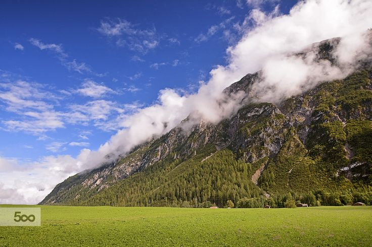 Ammergauer Alps    #cristianvelaphotography #ammergauer #alps #austria #mountain #mist #clouds #farmland